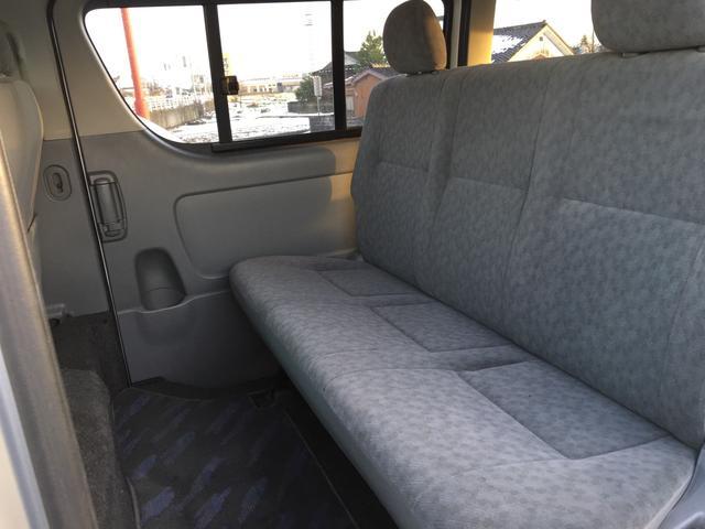 トヨタ ハイエースバン ロングスーパーGL ディーゼルターボ 4WD ナビ付き