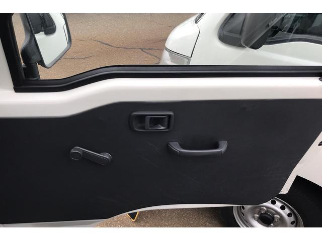 4WD AC MT 軽トラック ホワイト(16枚目)