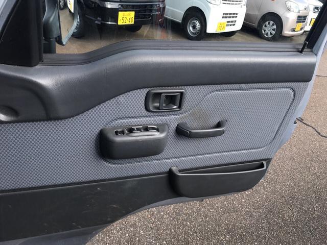 ジャンボ 4WD AC MT 軽トラック シルバー(16枚目)