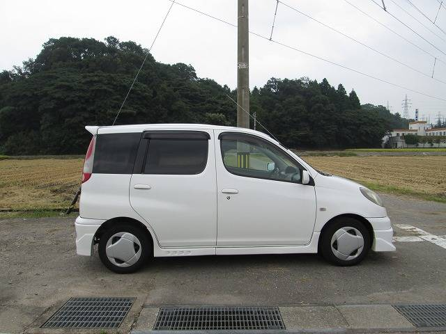 トヨタ ファンカーゴ X純正フルエアロ キーレス フォグランプ
