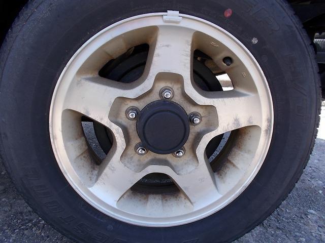 スズキ ジムニー ランドベンチャー切替式4WDインタークーラーターボ5速ギア