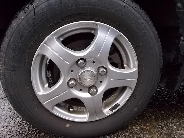 M 4WD CD アルミ キーレスキー ABS(5枚目)