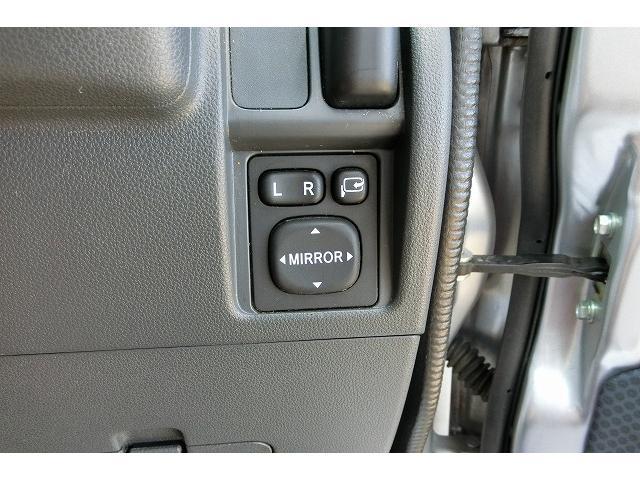 クルーズハイルーフ切替式4WD5速ギア地デジナビTVキーレス(13枚目)