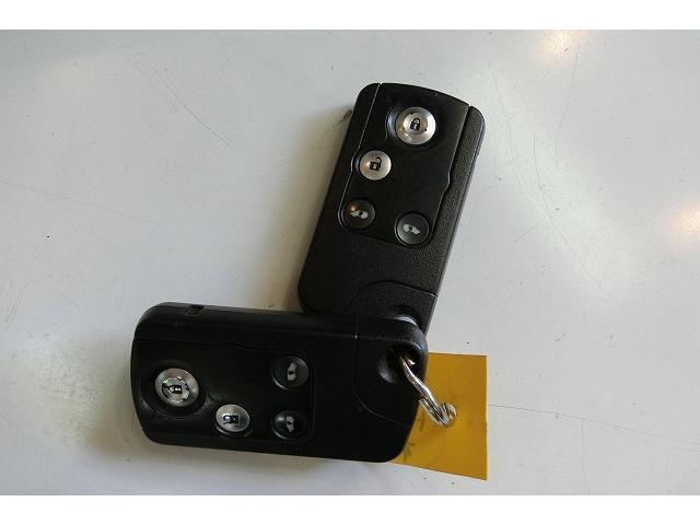 特別仕様車Giエアロ地デジナビTV両側電動ドア スマートキー(13枚目)
