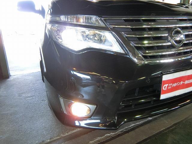 LEDヘッドランプ(¥64,800)付き、フォグランプ付き