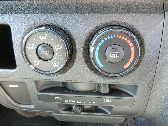 ロングDX 4WD ディーゼルターボ 地デジナビTV 4WD ディーゼルターボ 9人乗り 地デジナビTV 寒冷地仕様 タイミングベルト交換済み(10枚目)