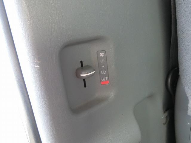 ロングDX 4WD ディーゼルターボ 地デジナビTV 4WD ディーゼルターボ 9人乗り 地デジナビTV 寒冷地仕様 タイミングベルト交換済み(20枚目)