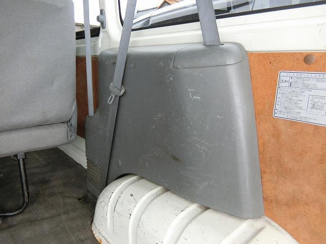 ロングDX 4WD ディーゼルターボ 地デジナビTV 4WD ディーゼルターボ 9人乗り 地デジナビTV 寒冷地仕様 タイミングベルト交換済み(21枚目)