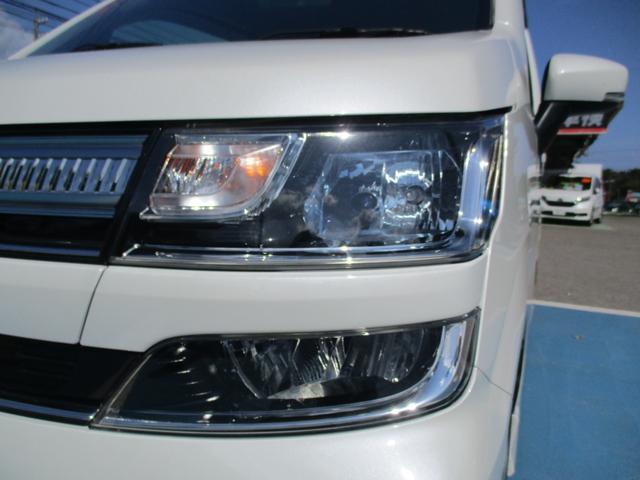 ハイブリッドXS ワンオーナー 4WD ナビTV バックカメラ レーダーブレーキ ヘッドアップディスプレイ 革巻きステアリング(29枚目)