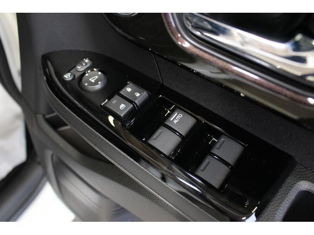 ホンダ N BOXカスタム G・Lホンダセンシング  LEDヘッドライト 左電動ドア