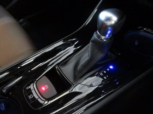 トヨタ C-HR G-T シーケンシャル セーフティーセンスP 登録済み未使用