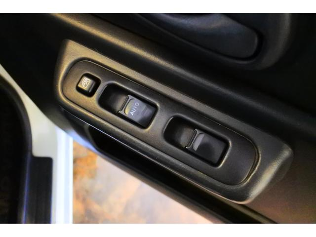 ワイルドウインド 社外CDデッキ 純正16インチAW 4WD(37枚目)