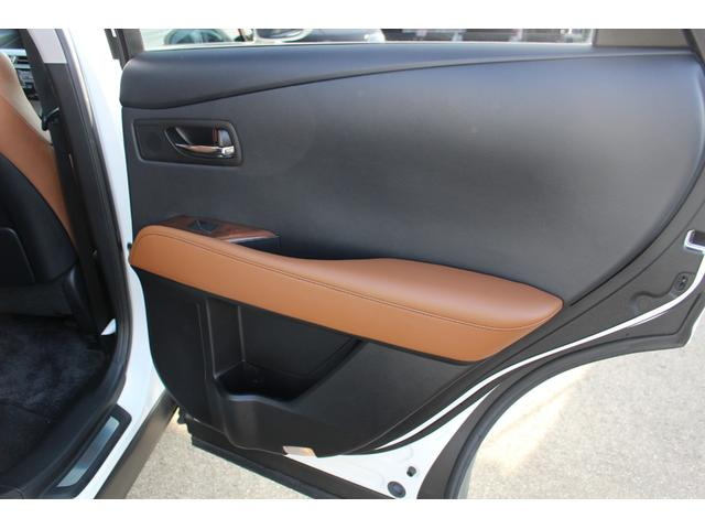 「レクサス」「RX」「SUV・クロカン」「富山県」の中古車60