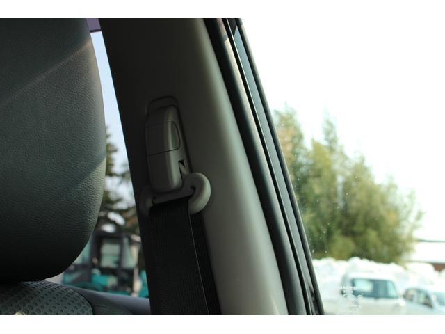 20X 4WD SDナビTV バックカメラ LEDライト パワーバックドア ルーフレール インテリキー シートヒーター 18インチアルミホイール(45枚目)