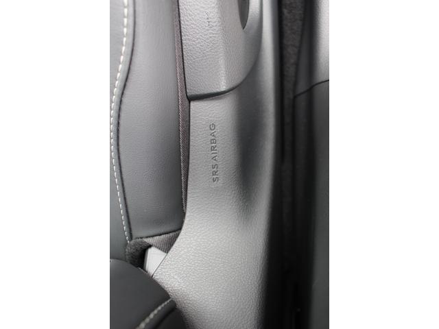 UX200 アーバンエレガンス 三眼LEDヘッドランプ +AHS+ヘッドランプクリーナー カラーヘッドUPディスプレイ ドライブレコーダー フロアマット(28枚目)