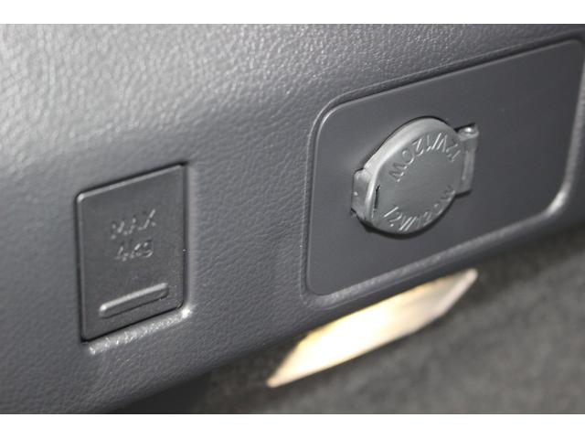 UX200 アーバンエレガンス 三眼LEDヘッドランプ +AHS+ヘッドランプクリーナー カラーヘッドUPディスプレイ ドライブレコーダー フロアマット(48枚目)