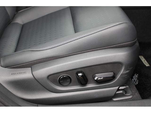 UX200 アーバンエレガンス 三眼LEDヘッドランプ +AHS+ヘッドランプクリーナー カラーヘッドUPディスプレイ ドライブレコーダー フロアマット(54枚目)