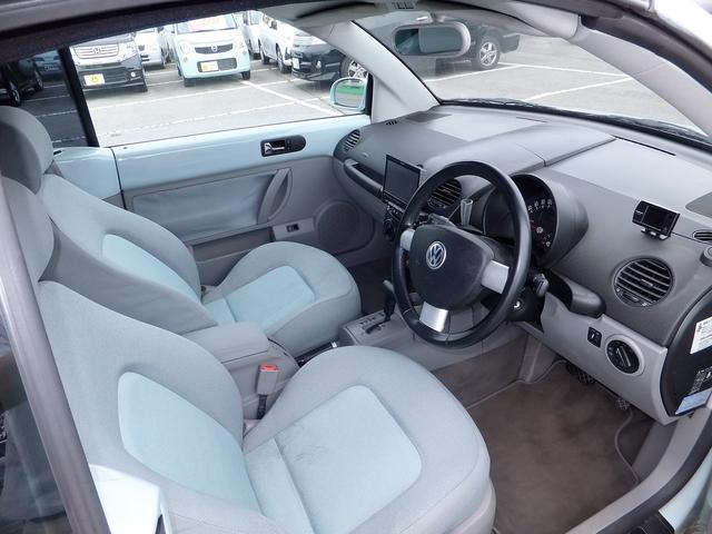 フォルクスワーゲン VW ニュービートルカブリオレ ベースグレード