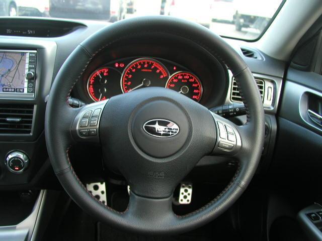 2.0GT 4WD スマートキー ナビ 運転席パワーシート(12枚目)
