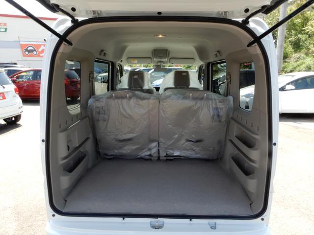 スズキ エブリイワゴン PZターボスペシャル 4WD 届出済未使用車 メーカー保証付