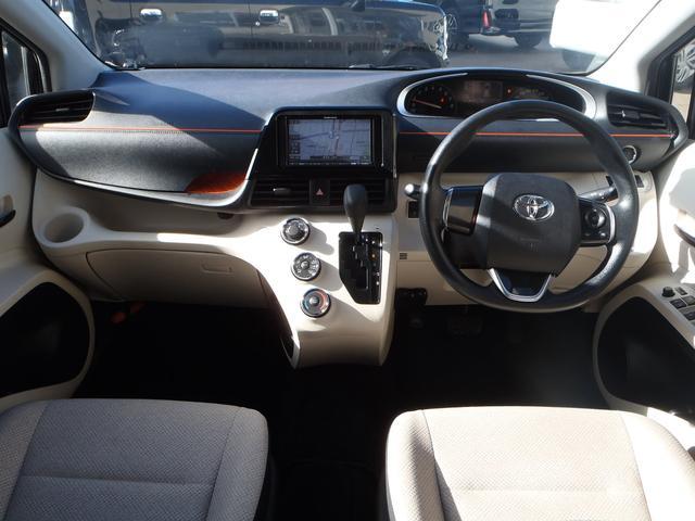 X 4WD!トヨタセーフティセンス!メモリーナビ!Bカメラ!DVDビデオ!Bluetooth!USB!パワースライドドア!プリクラッシュ!オートマチックハイビーム!ETC!ミラーウィンカー!LEDテール!(12枚目)