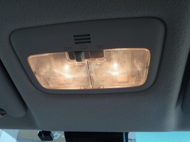 X 4WD!トヨタセーフティセンス!メモリーナビ!Bカメラ!DVDビデオ!Bluetooth!USB!パワースライドドア!プリクラッシュ!オートマチックハイビーム!ETC!ミラーウィンカー!LEDテール!(16枚目)