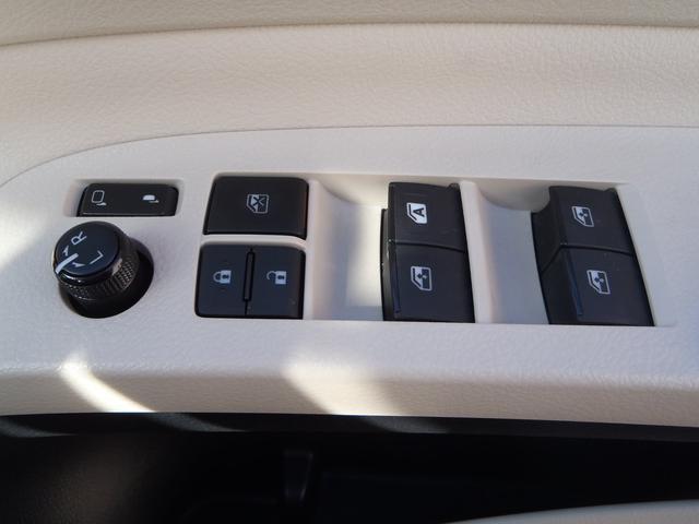 X 4WD!トヨタセーフティセンス!メモリーナビ!Bカメラ!DVDビデオ!Bluetooth!USB!パワースライドドア!プリクラッシュ!オートマチックハイビーム!ETC!ミラーウィンカー!LEDテール!(27枚目)