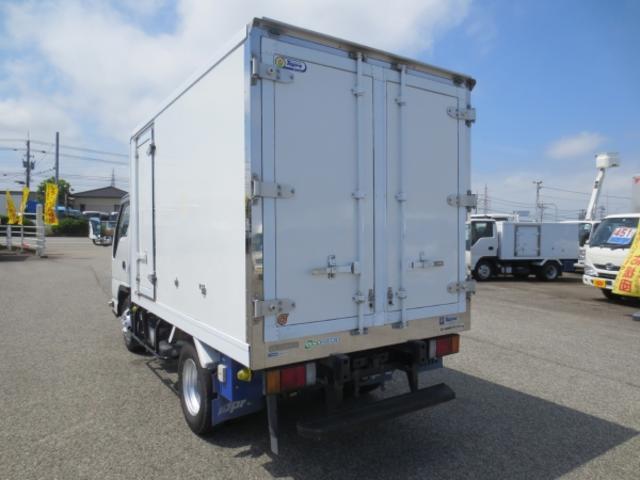 1.5t 冷蔵冷凍車(5枚目)
