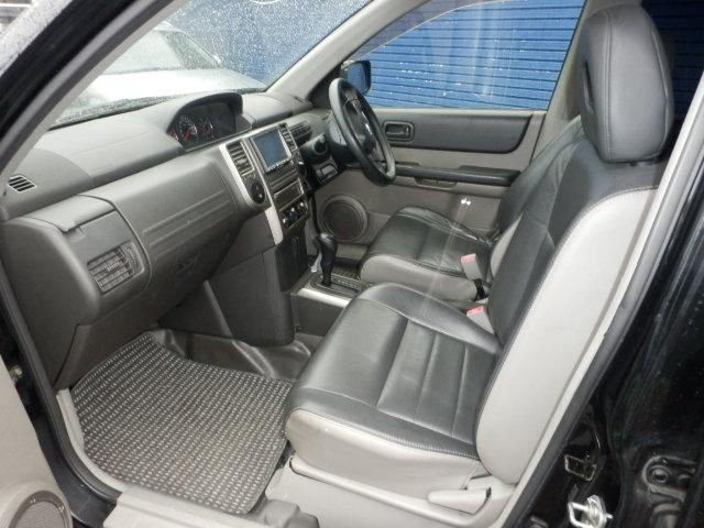 日産 エクストレイル S 4WD