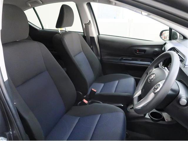 トヨタ アクア S トヨタセーフティセンスC