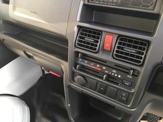 スズキ キャリイトラック KC 届出済未使用車 5MT 4WD エアコン パワステ