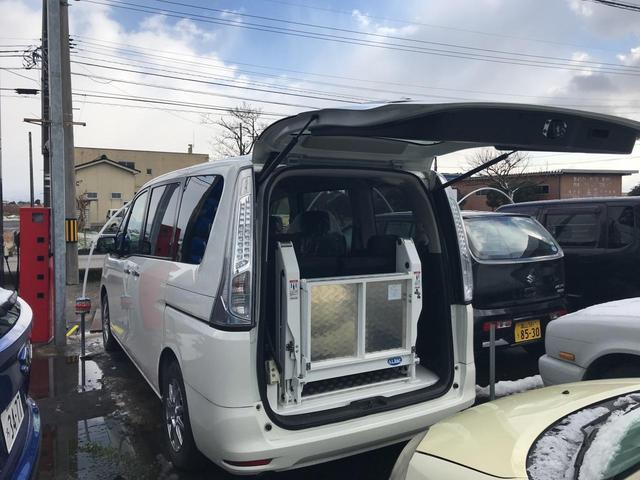 福祉車両 AT ナビ スマートキー バックカメラ(3枚目)
