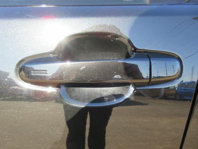 トヨタ C-HR G 純正9インチナビ LEDヘッド バックモニター