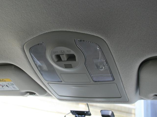 S LEDヘッドライト 純正SDナビ バックカメラ ETC ドライブレコーダー(32枚目)