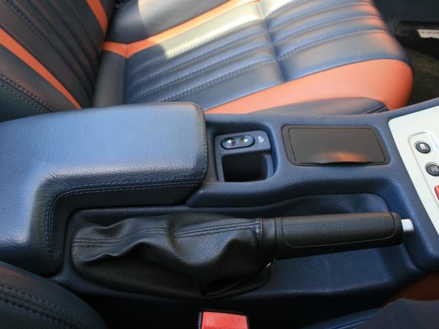 3.2 JTS Q4 Qトロ ディスティンク 右ハンドル スポーツモード付AT車(26枚目)