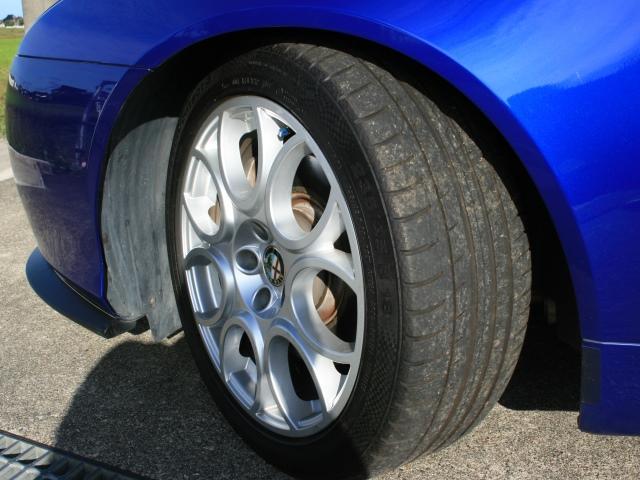 3.2 JTS Q4 Qトロ ディスティンク 右ハンドル スポーツモード付AT車(37枚目)