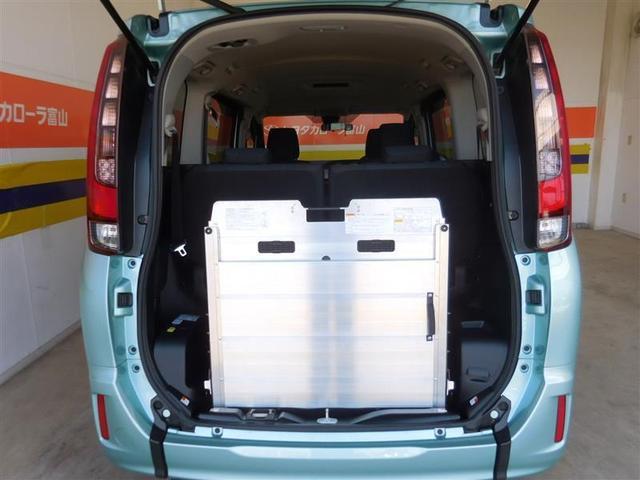 スロープタイプ1 クルマイス1 4WD フルセグ メモリーナビ DVD再生 バックカメラ 衝突被害軽減システム ETC 両側電動スライド LEDヘッドランプ ウオークスルー 乗車定員7人 3列シート アイドリングストップ(22枚目)