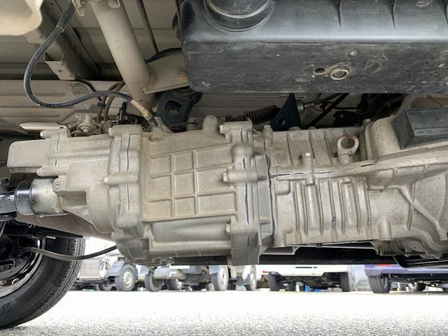 FC農繁仕様 4WD エアコン パワステ 新品タイヤ 5MT 作業灯(32枚目)