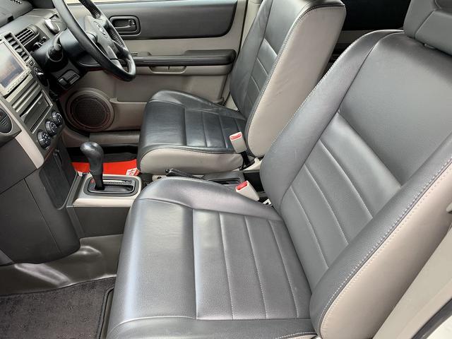 X 4WD インテリキー シートヒーター オールテレーンタイヤ 16インチブラックアルミ(31枚目)