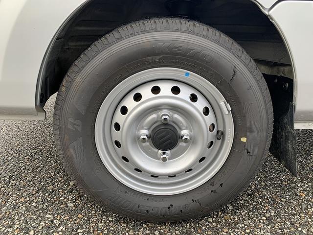 KCエアコン・パワステ 4WD 5MT 新品タイヤ エアバック(12枚目)