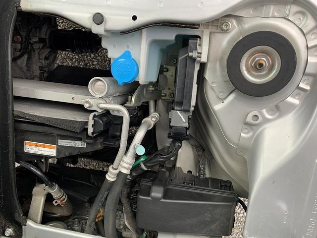 KCエアコン・パワステ 4WD 5MT 新品タイヤ エアバック(18枚目)