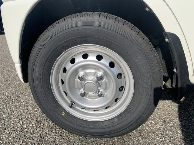ダンプ 4WD エアコン パワステ 5MT 新品タイヤ(14枚目)