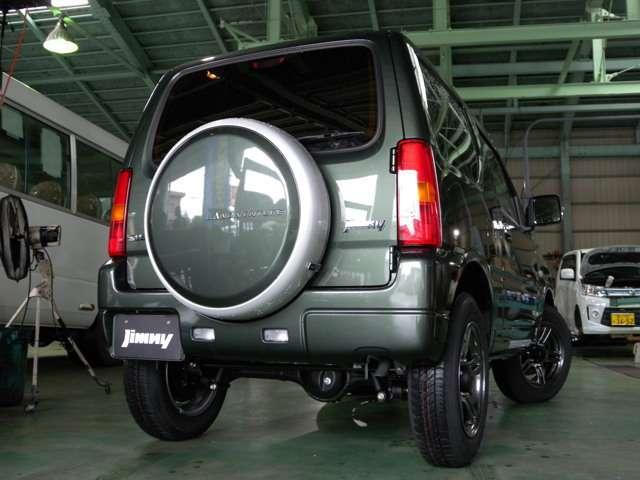 スズキ ジムニー ランドベンチャー4WD 4AT 届出済未使用車