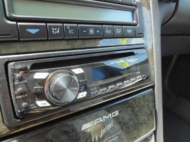 社外CDチューナーです。別途、新たに新品に取替え可能です。