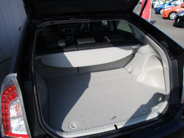 トヨタ プリウス G 後期モデル SDナビ ハーフレザー