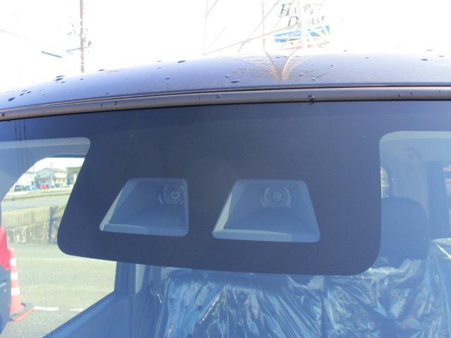 話題の衝突防止ブレーキ搭載車輛です。他にも多くの安全機能も搭載されています。