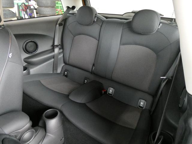 「MINI」「MINI」「コンパクトカー」「富山県」の中古車74