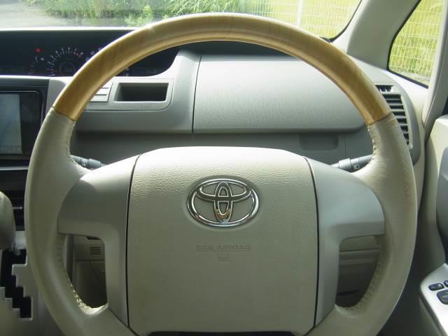 トヨタ ノア S GエディションHDDフルセグナビBカメラETC両側電動D