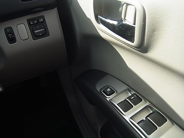 三菱 トライトン 4WD 1オーナーHDDフルセグナビDVD再生ETC革ステア