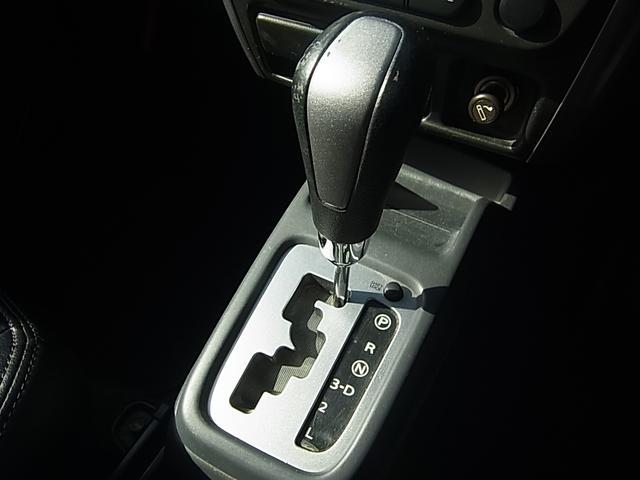 XG 4WDターボHDDナビ地デジ革調シートカバーリフトUP(15枚目)